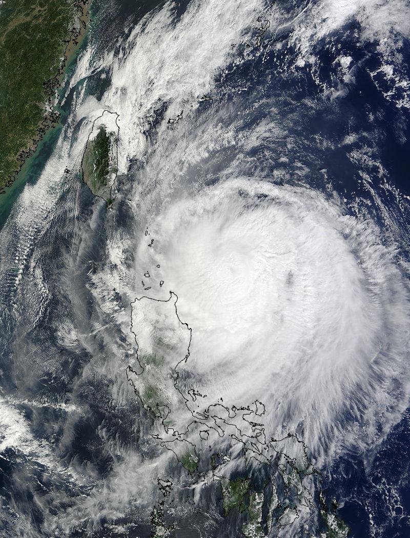 Supertaifun Lupit am 19.10.2009 um 02:10 UTC