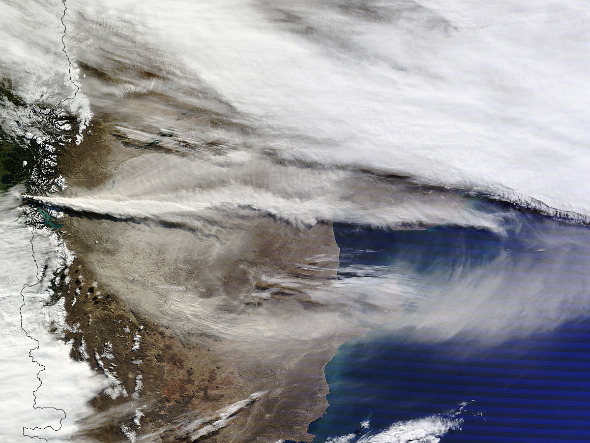 Vulkan Puyehue in Chile 12.06.2011