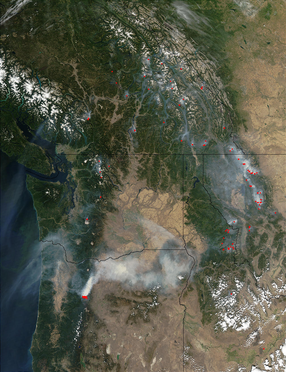 Image of Aqua/MODIS 2003/245 20:55 UTC Fires and smoke in the Pacific Northwest, Pixel size 1km