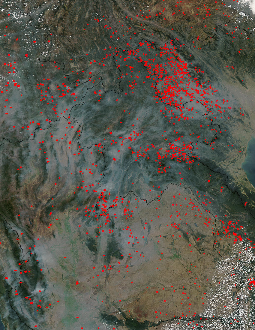 Image of Aqua/MODIS 2004/061 06:15 UTC Fires and smoke in Indochina, Pixel size 1km