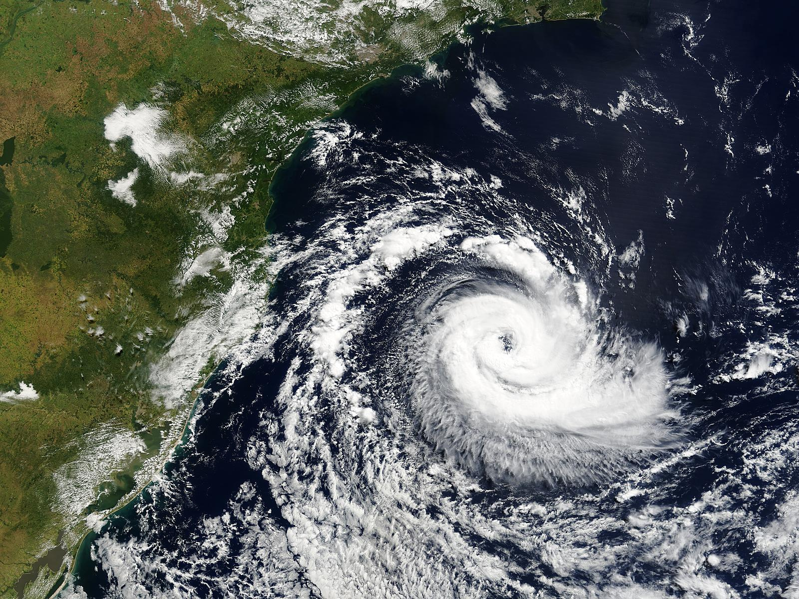 Image of Terra/MODIS 2004/086 13:10 UTC Tropical cyclone off Southern Brazil, Pixel size 1km