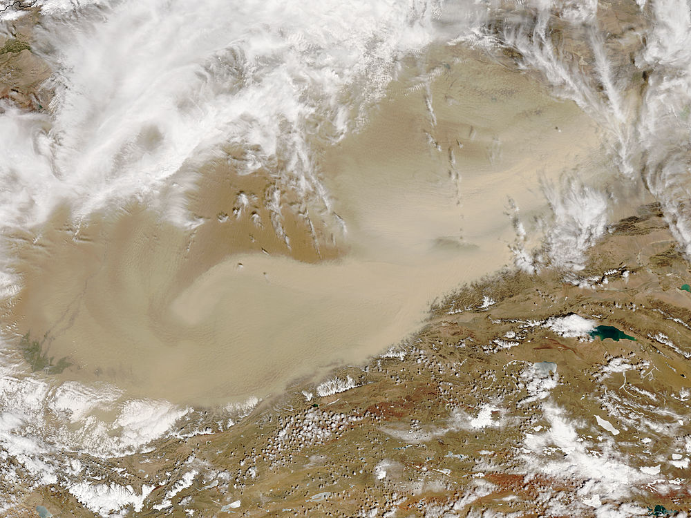 Image of Terra/MODIS 2018/109 05:20 UTC Dust storm in Taklimakan Desert, Western China, Pixel size 1km